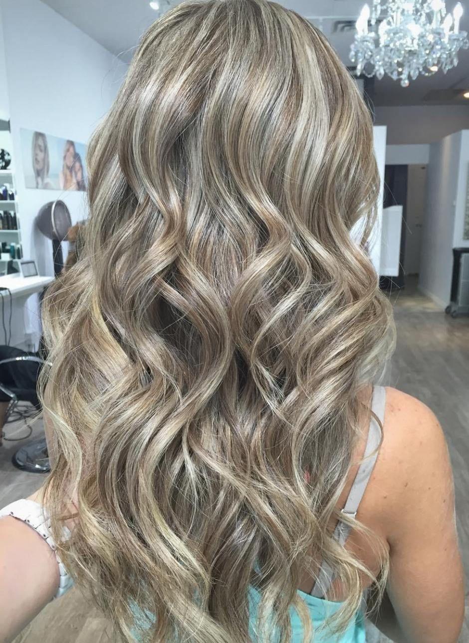 Ash Blonde Hair With Brown Lowlights Blonde Hair Looks Ash Blonde Hair Colour Ash Blonde Hair