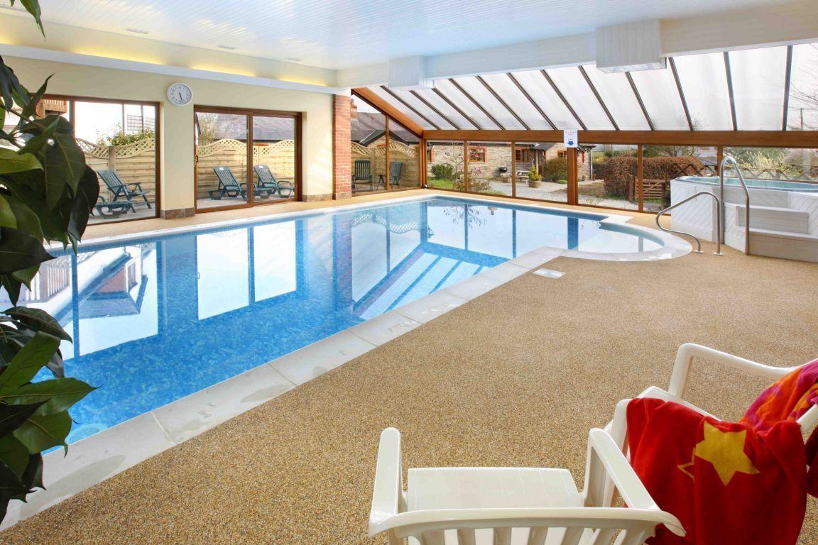 stunning-indoor-heated-swimming-pool | Swimming pools ...