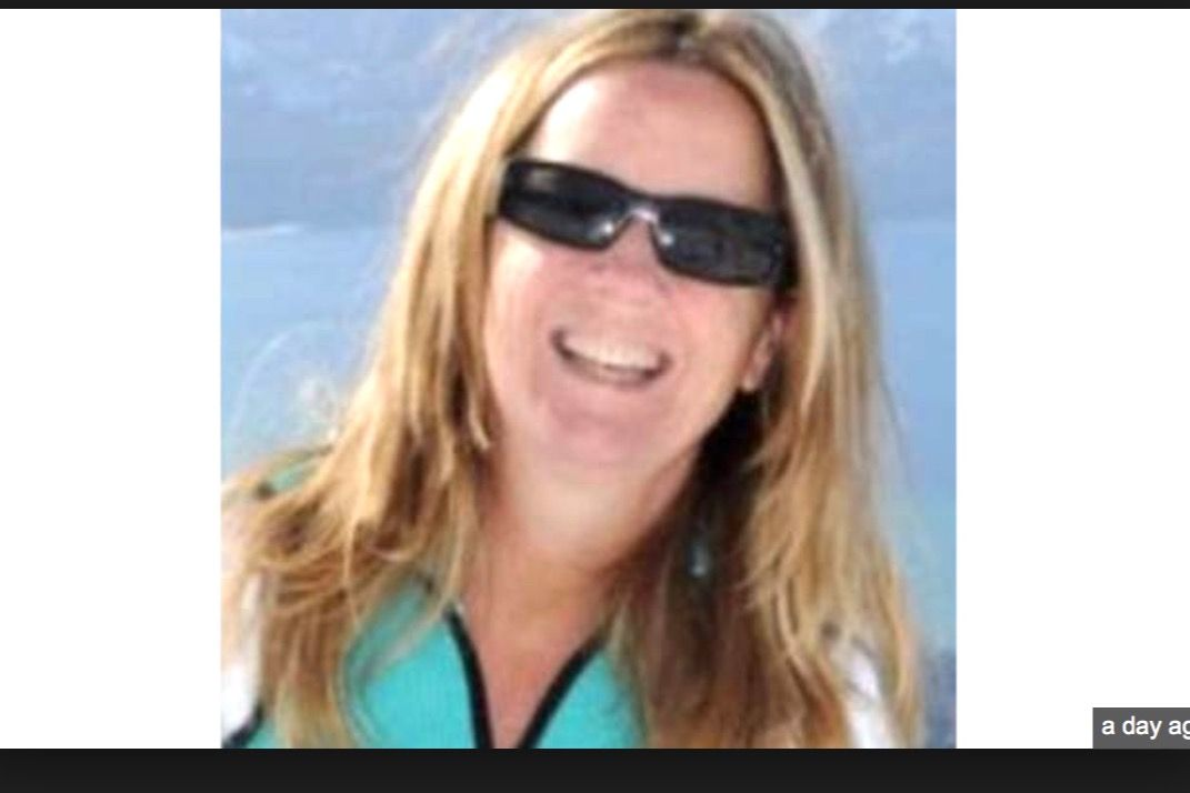 Ford Family Needs Your Help Today They Have To Have Constant Security And Continually Move Just So She Can Tell Her Truth H Fake Photo Ford Sunglasses Women