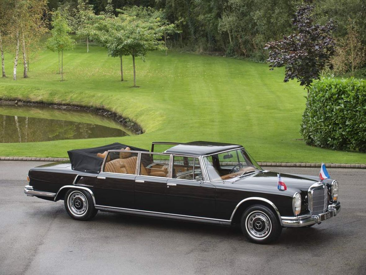 One of the famous British retailers of classic cars – House Tom ...