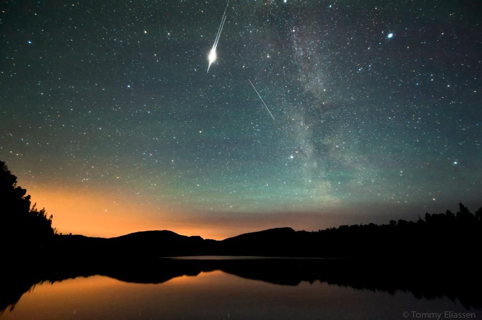 Satellite flare over Statland, Norway on August 27th, 2012.  by Tommy Eliassen