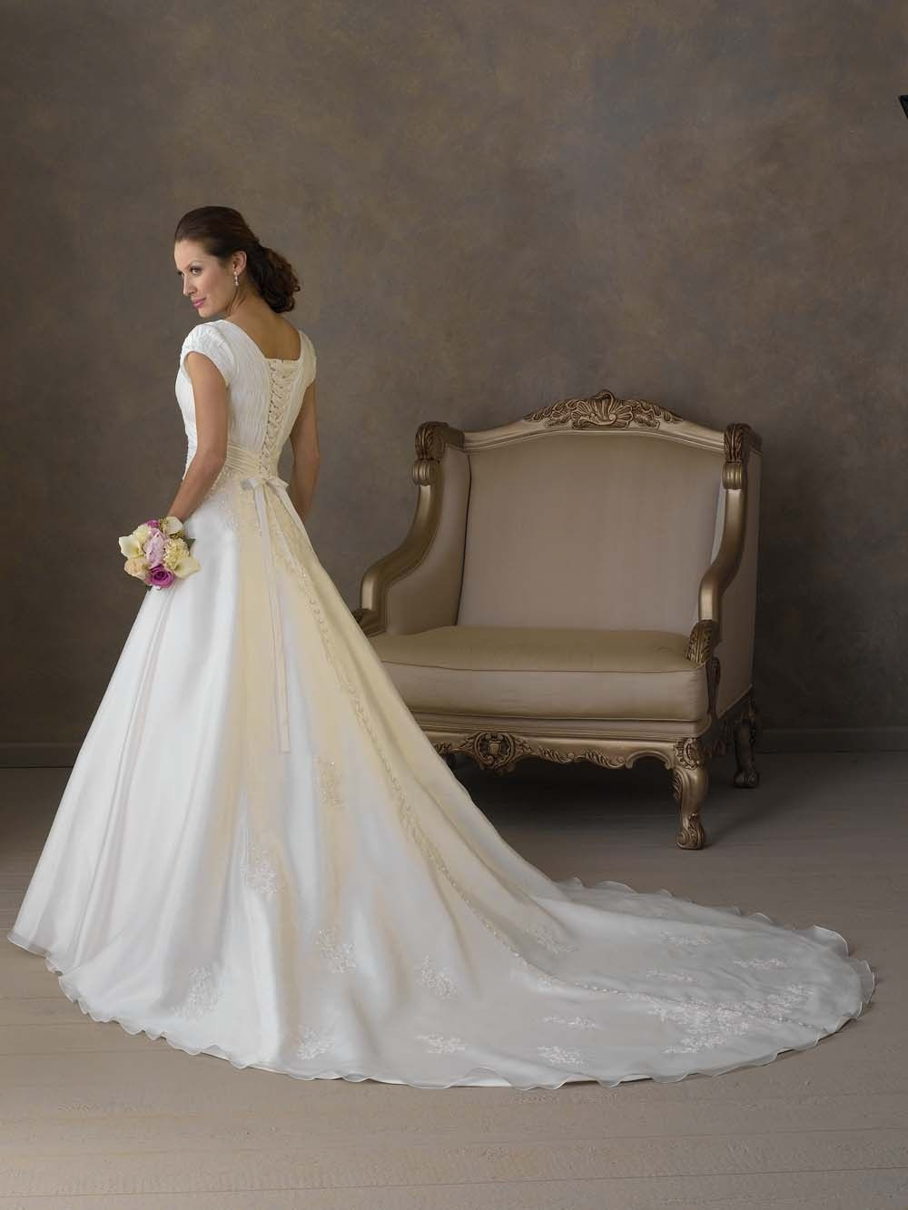New style charming applique empire waist pleated wedding dress