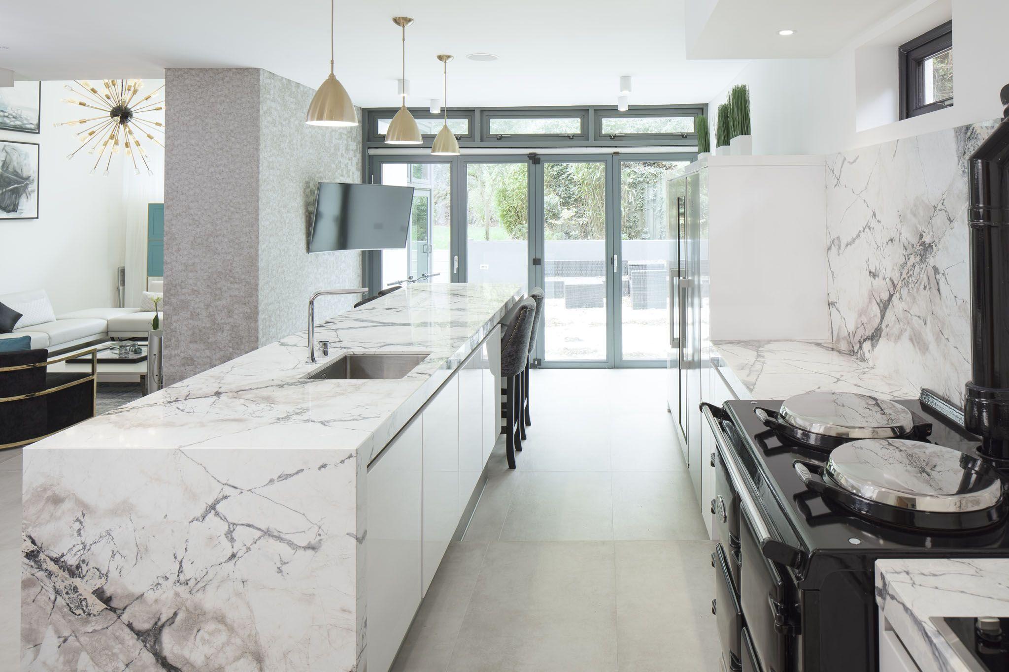 Marble Kitchen In 2020 Modern Kitchen Design Modern Kitchen Flooring Modern Kitchen