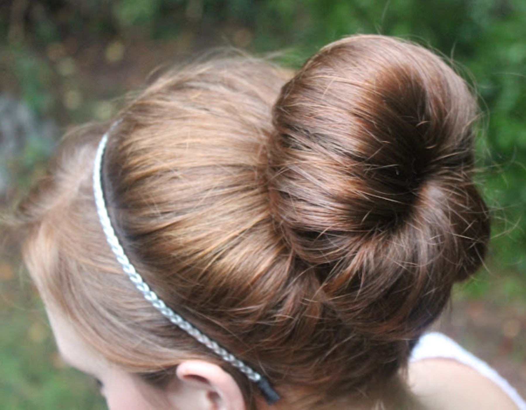 I love this little bun hairstyles pinterest