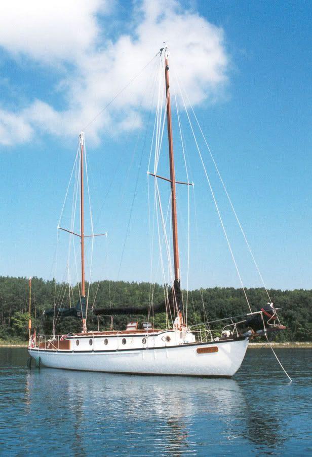 interesting shallow draft cruising boat | B and B Yachts | Sailing