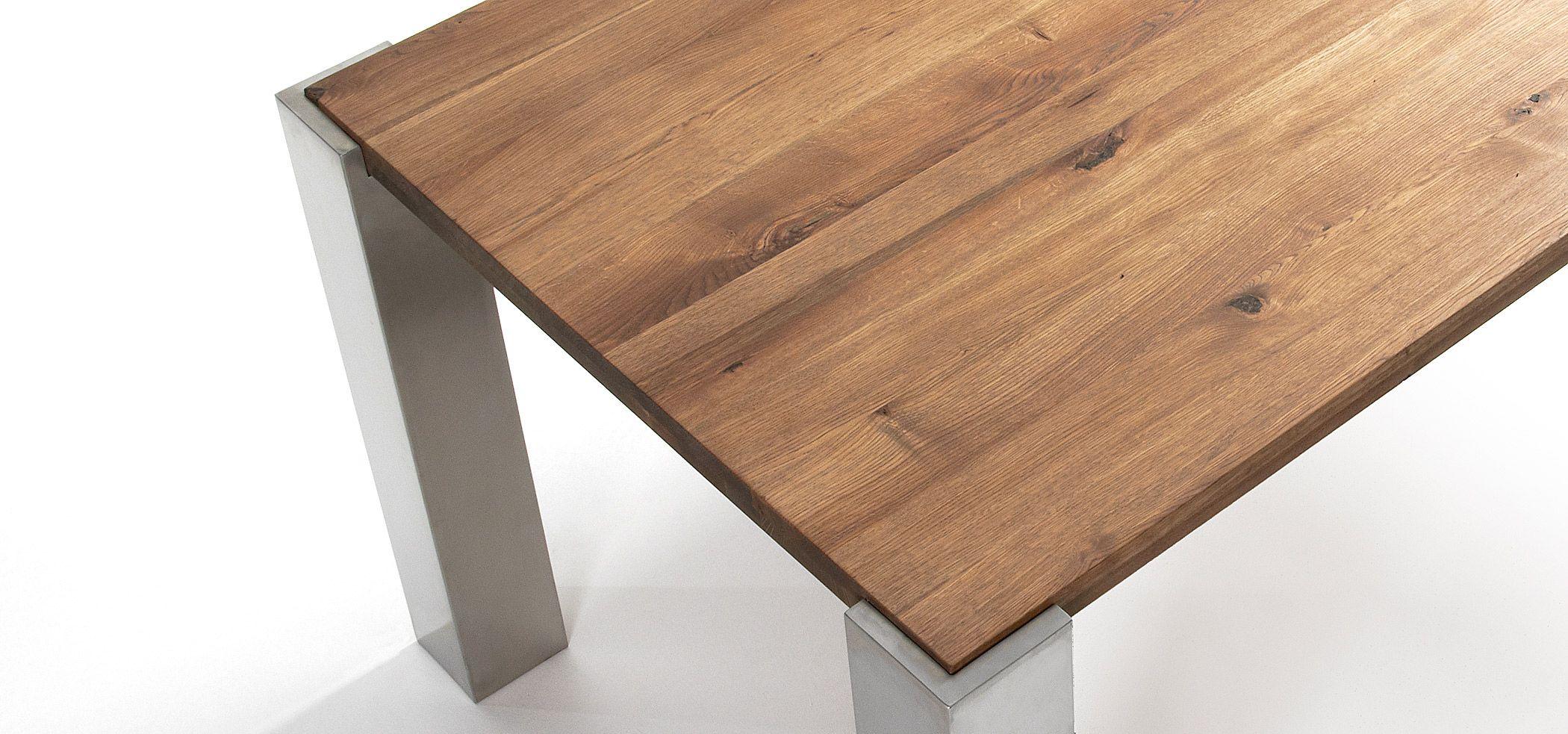 Mesa de comedor patas acero y roble natural arquitectura - Mesas de arquitectura ...