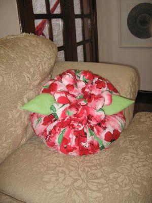 ARTEMELZA - Arte e Artesanato: almofada de fuxico