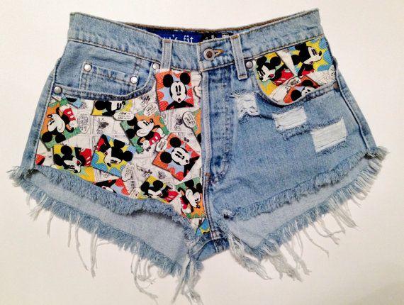 9b9ec06db9 Mickey Mouse High-Waisted Denim Shorts | Street style | Disneyland ...