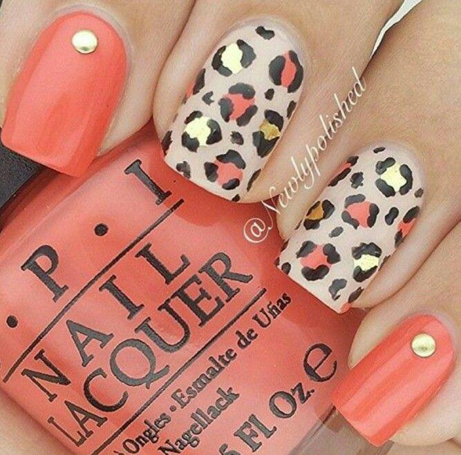 Fall cheetah nails.