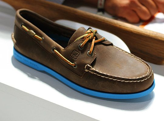 Sperry Top-Siders with soles in vibrant Blue. | So Hot Right Now ...
