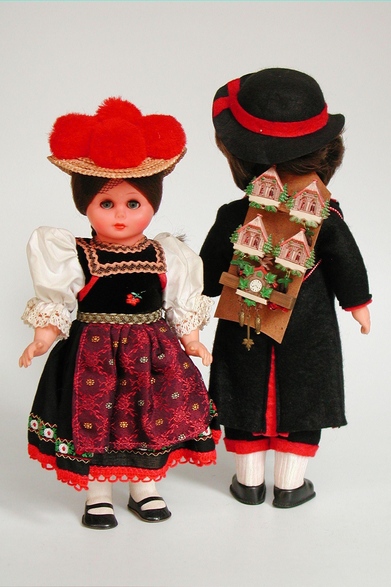 GERMAN FOLK COSTUME DOLL Germany ethnic Black Forest art Schwarzwald Region