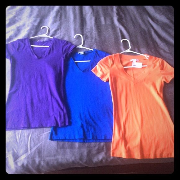 clear out sale 3 shirt bundle Blue and purple are M, Orange is S (NWT); both are fitted and stretch so fit about same Tops Tees - Short Sleeve