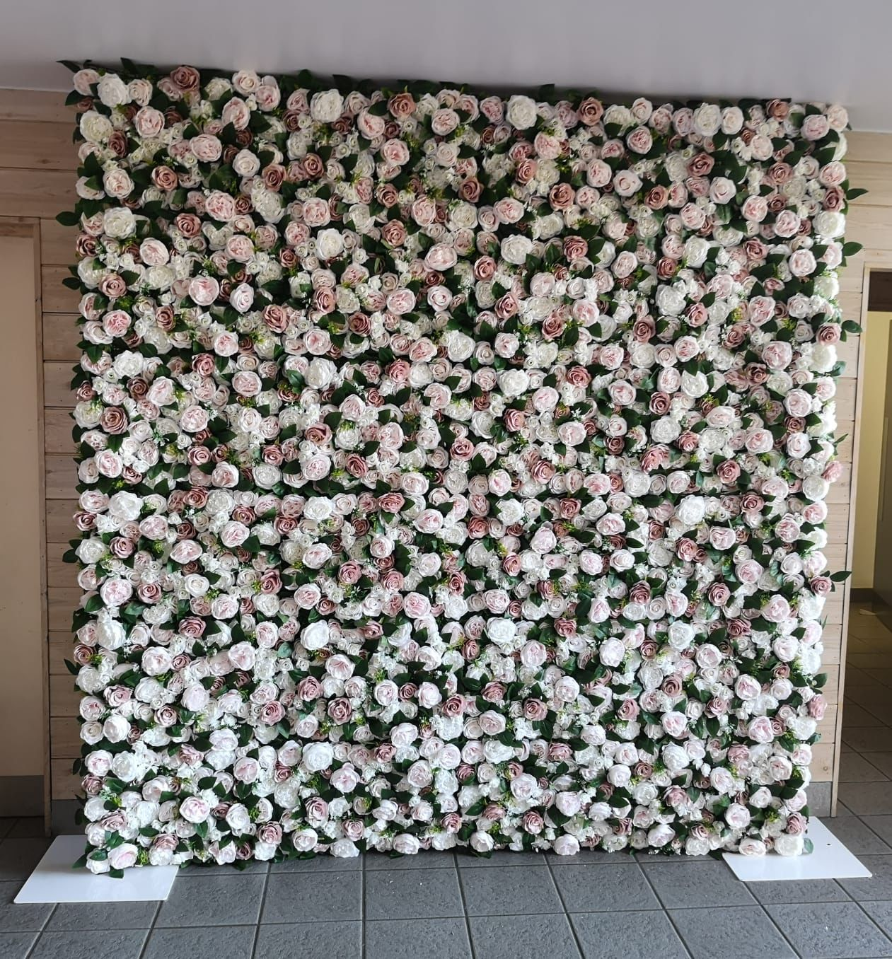 Wedding Flowers Suffolk: Flower Wall Backdrop For Hire In Suffolk And Surrounding