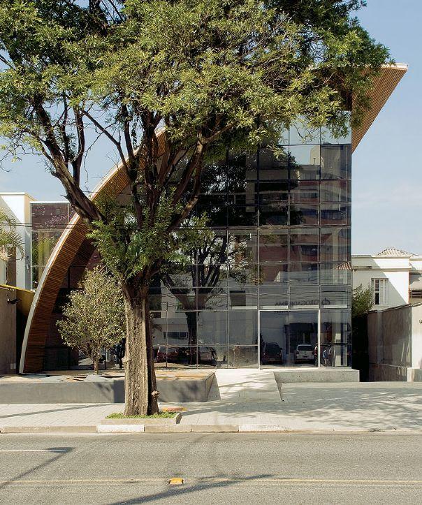 BRIGADEIRO I - de Carlos Bratke, em São Paulo, SP. aU | Arquitetura e Urbanismo
