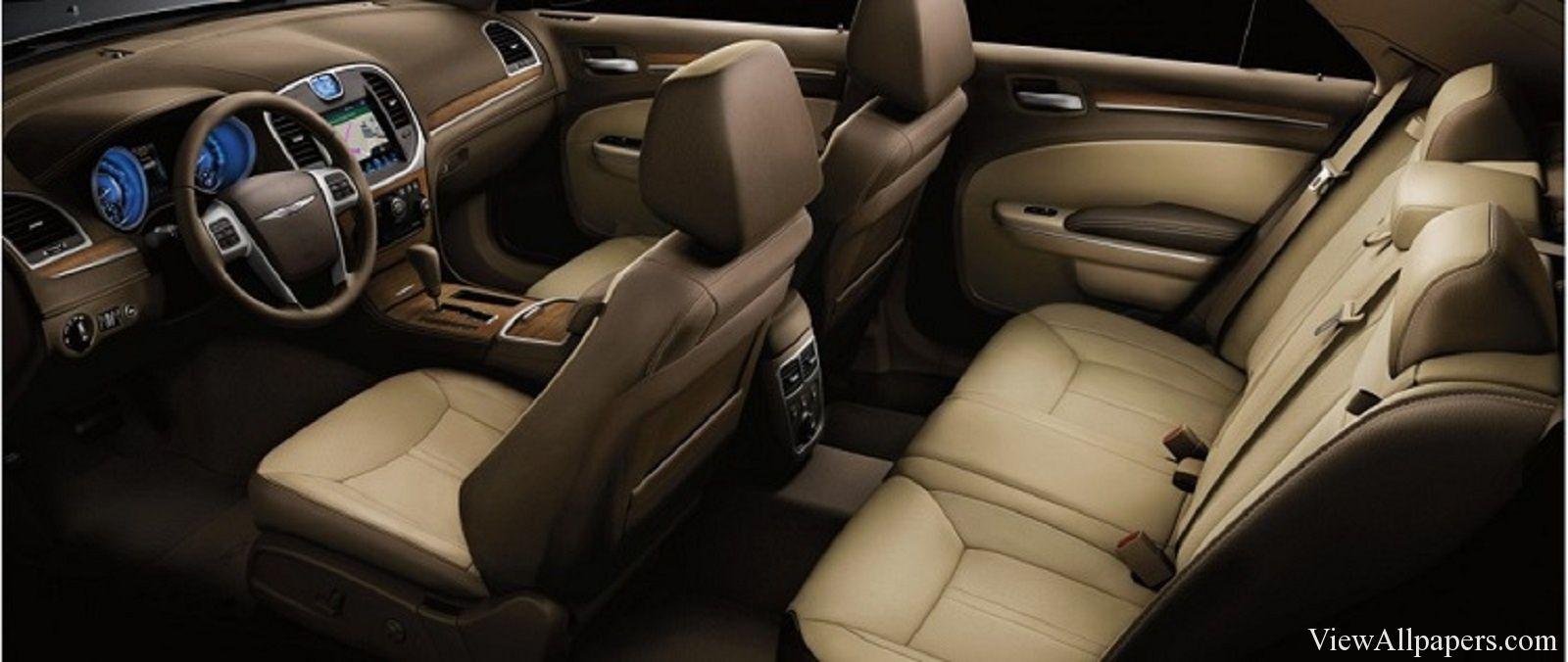 2016 Chrysler 300 Interior