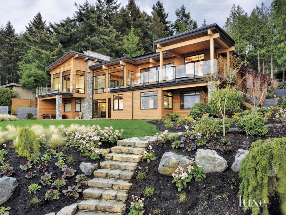 Contemporary Vancouver Island Home with Japanese ...