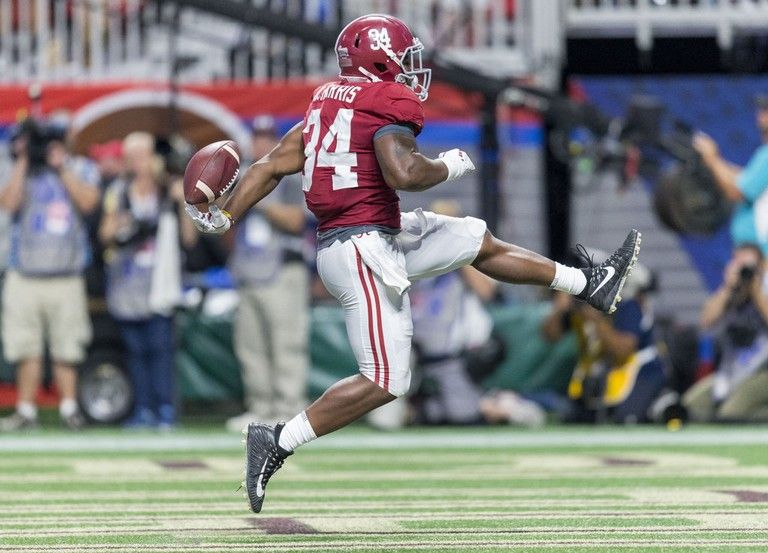 Alabama Running Back Damien Harris 34 Gets Loose For A Touchdown During The Second Half Of The Alabama Vs Alabama Vs Alabama Football Florida State Football