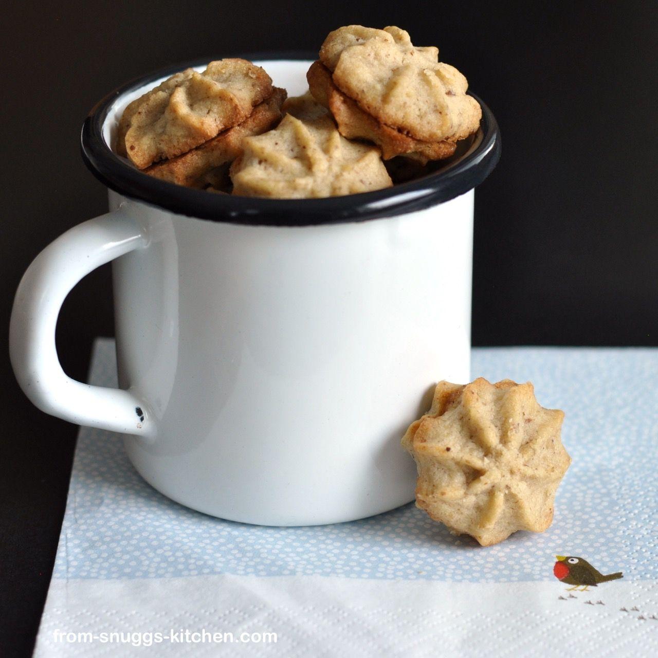 walnut cinnamon spritz spots / walnuss zimt krapferl | Food ...