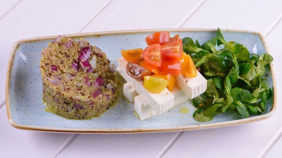 Ensalada de quinoa, feta y tomate - Julius - Julio Bienert - Receta - Canal Cocina