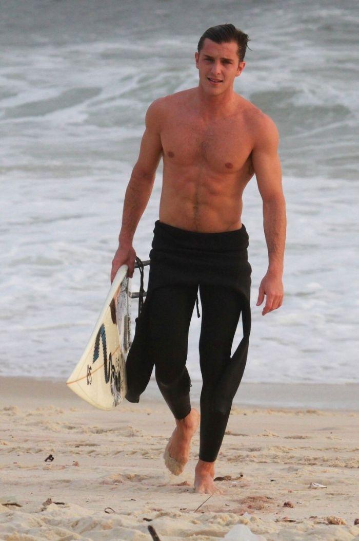 how to take nice beach photos men