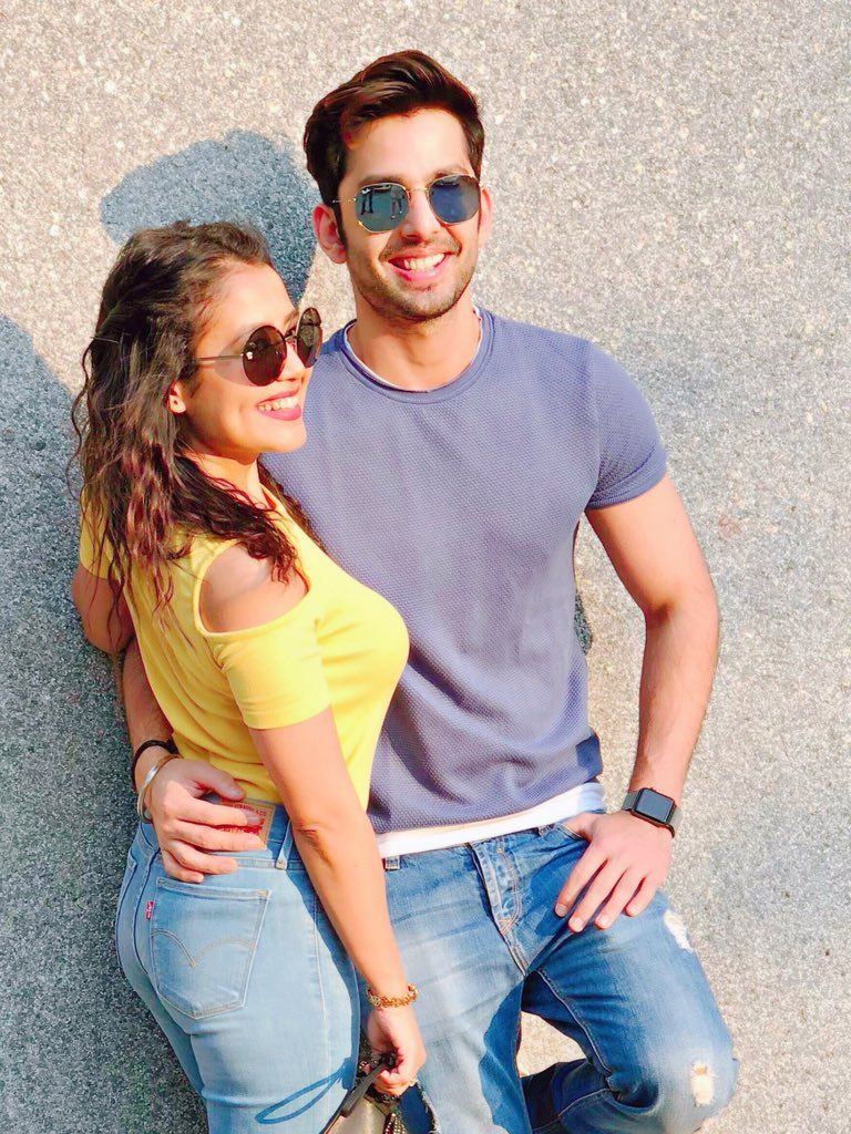 neha and himansh kholi are madly in love with each other