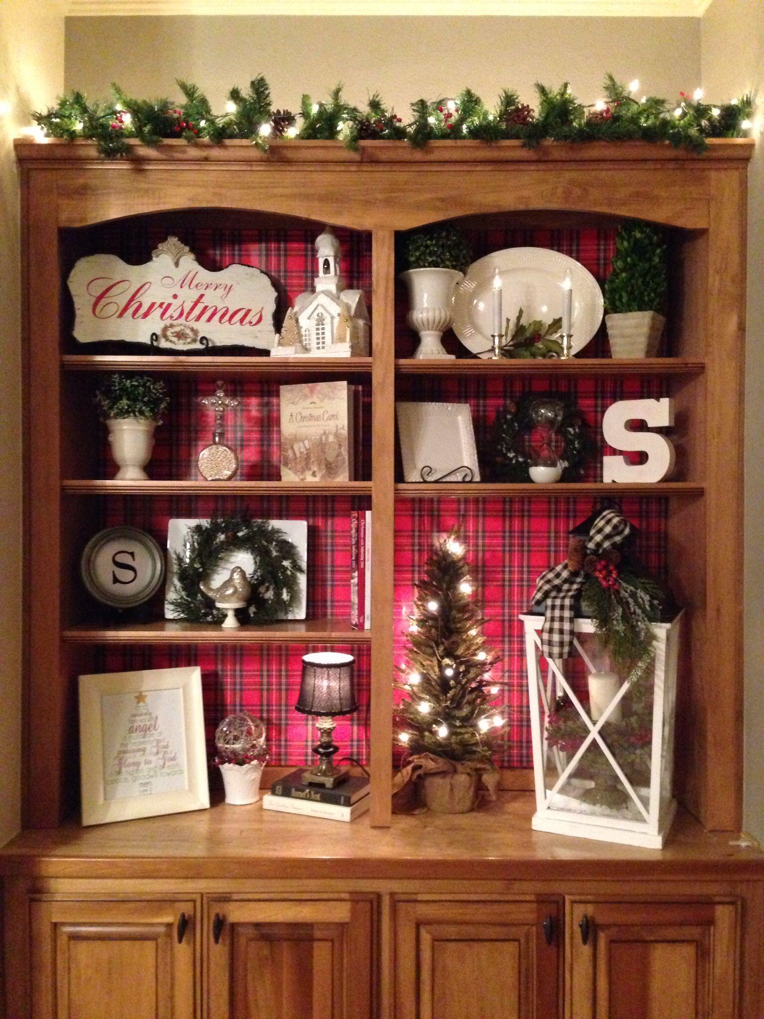 Christmas Bookshelves With Red Plaid Background Christmas Bookshelf Red Christmas Decor Decorating Bookshelves