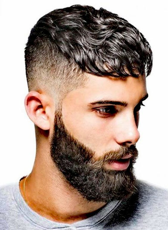 The Best Mohawk Hairstyles For Men To Take Their Style To Another Level | Medium short haircuts ...