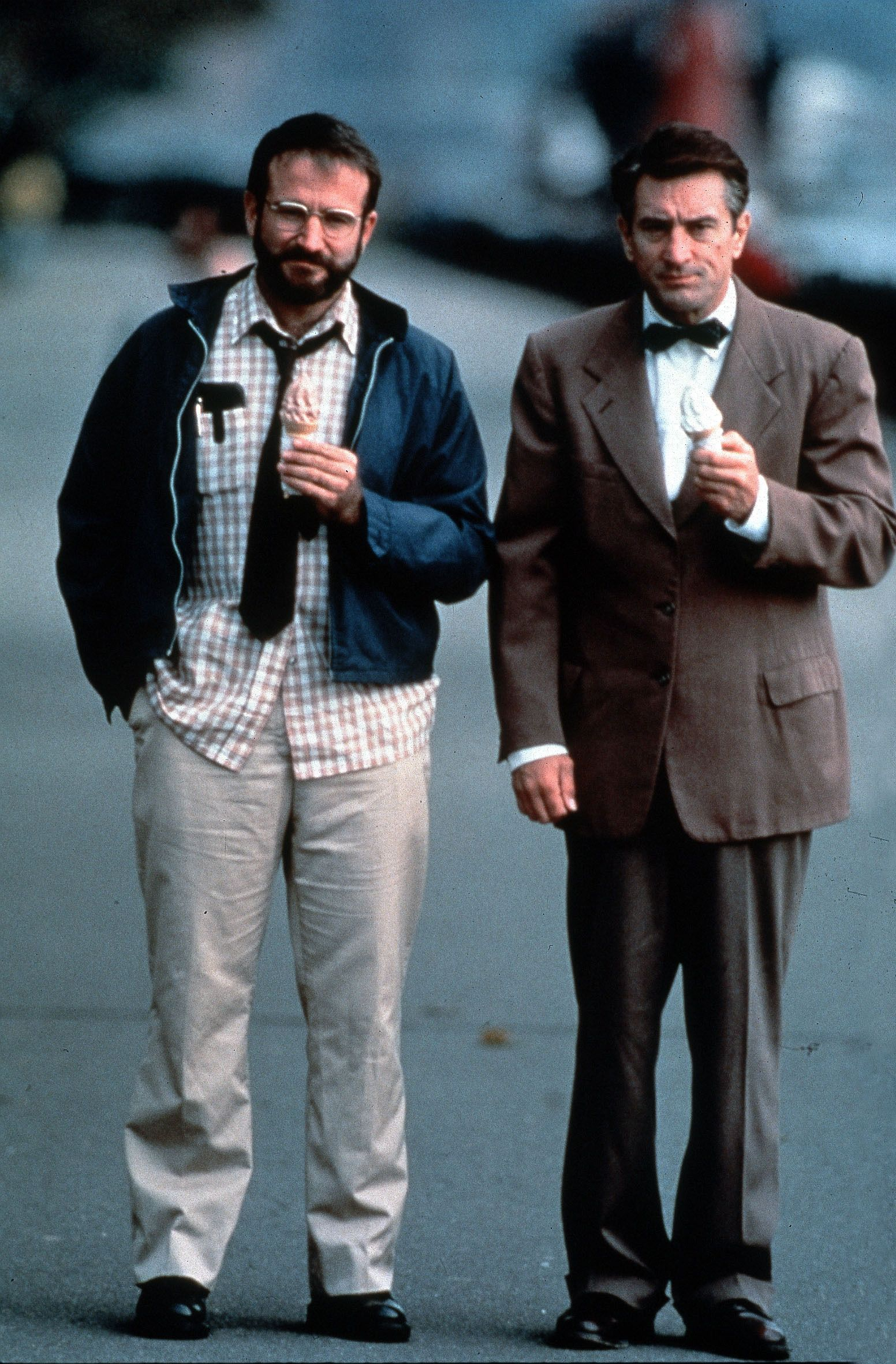 Robin Williams and Robert De Niro in .Awakenings' (1990 ...