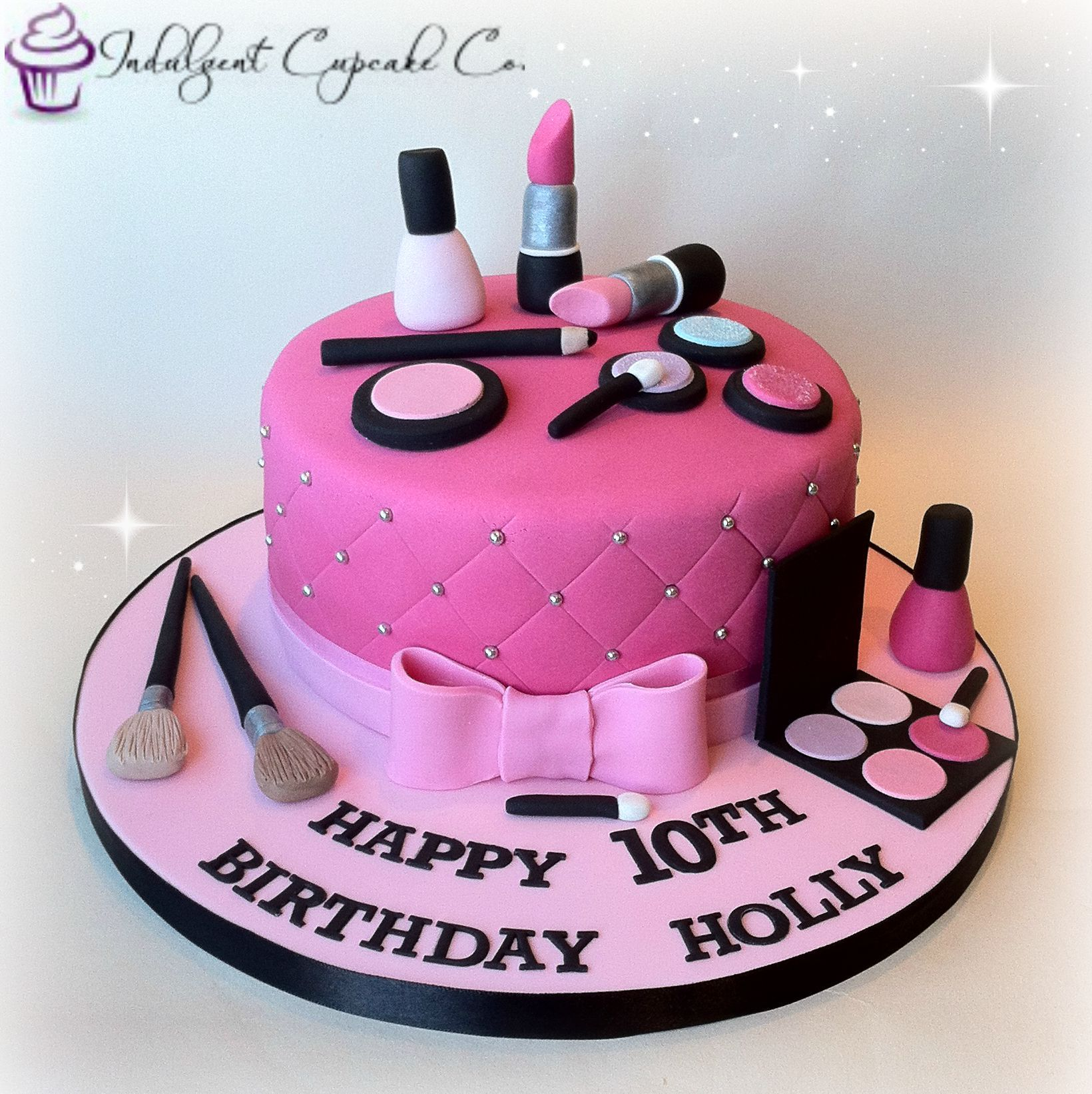 Cute make,up cake