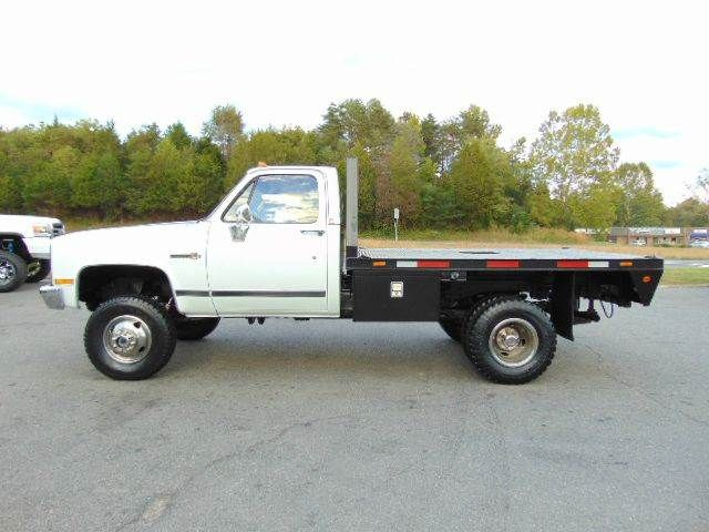 1988 Gmc Sierra 3500 V3500 Cab Chassis 4x4 For Sale By E And M Auto Sales Locust Grove Va Chevy Trucks Truck Flatbeds Flatbed Truck Beds