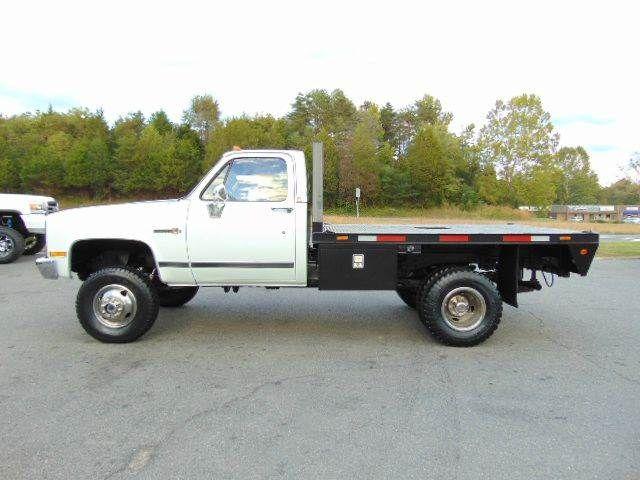 1988 Gmc Sierra 3500 V3500 Cab Chassis 4x4 For Sale By E And M Auto Sales Locust Grove Va Trucks Old Pickup Trucks Chevrolet Trucks