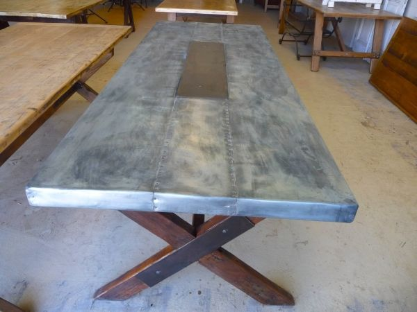 Zinc Table Top, Wood Legs |  DIY  | Zinc table, Table, Restaurant