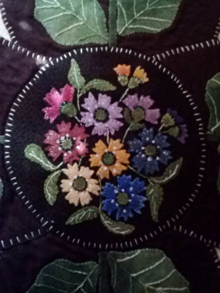 Center of table topper, Batchelor Buttons,my own pattern
