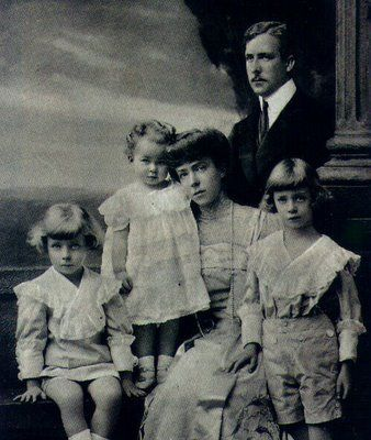 Belgian King Albert I, Queen Elisabeth, and their children (l to r) Prince Charles, Princess Marie Jose and Prince Leopold (future King Leopold III), about 1907-1908