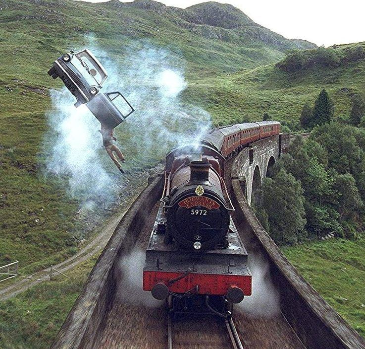 If You Want To Ride The Real Train You Ll Have To Head To Scotland Hogwarts Harry Potter Wallpaper Harry Potter Aesthetic