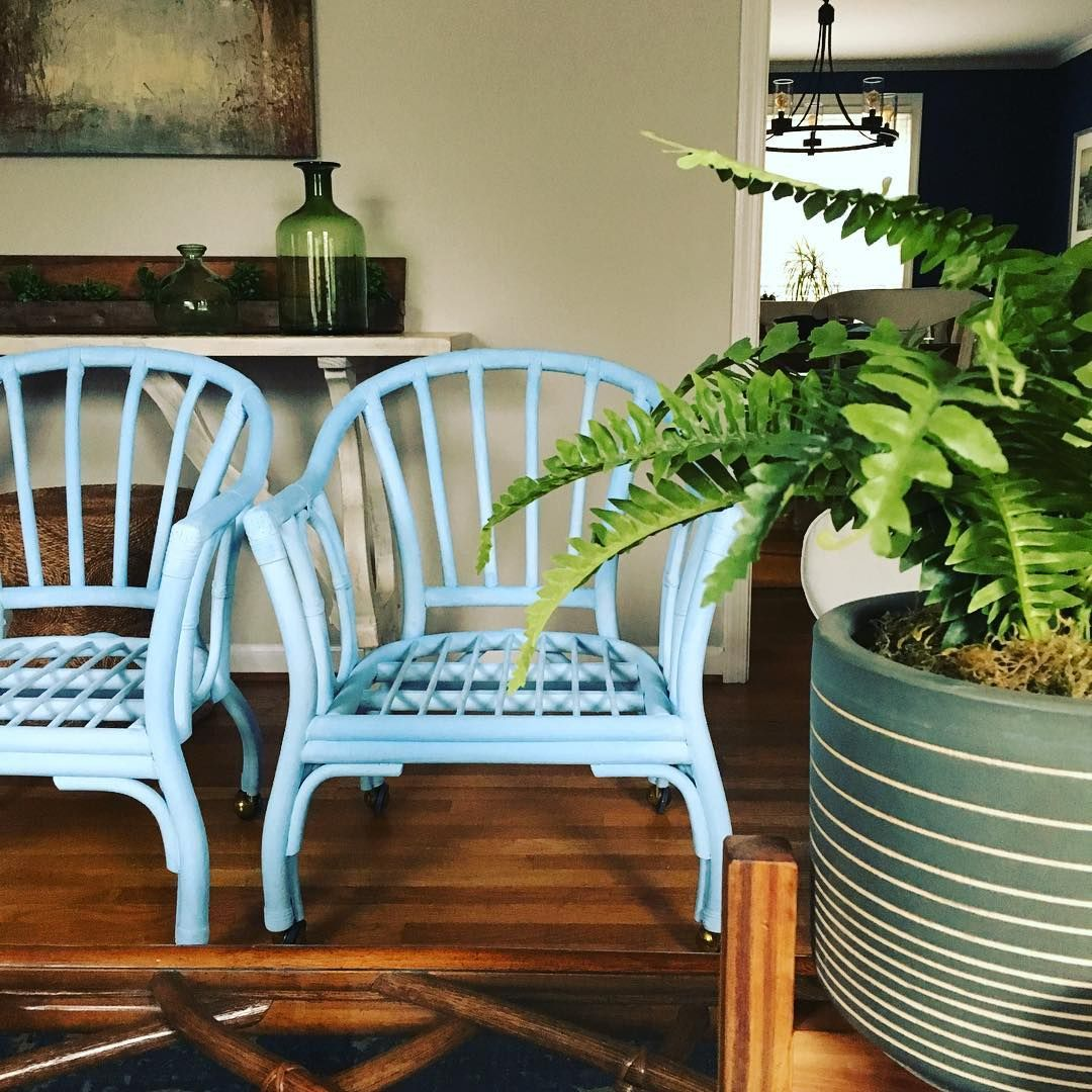 A pair of craigslist chairs get a total makeover in this