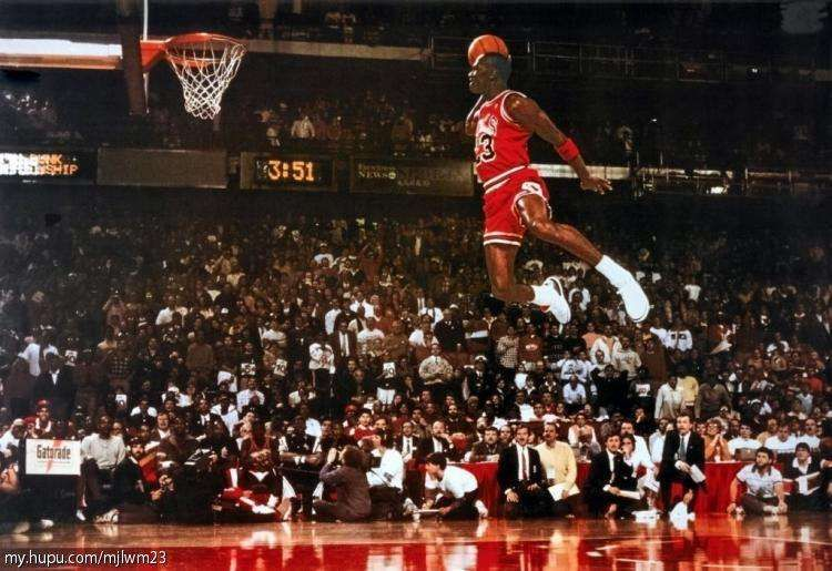 """MICHAEL JORDAN POSTER FLYING DUNK FROM FREE THROW FOUL LINE 24/""""X36/"""" NEW"""