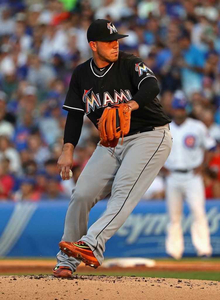 9683b2e1b Jose Fernandez Photos Photos - Starting pitcher Jose Fernandez  16 of the Miami  Marlins delivers the ball against the Chicago Cubs at Wrigley Field on ...