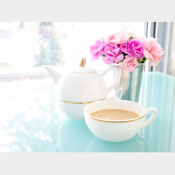 Tea time and pink roses. ...