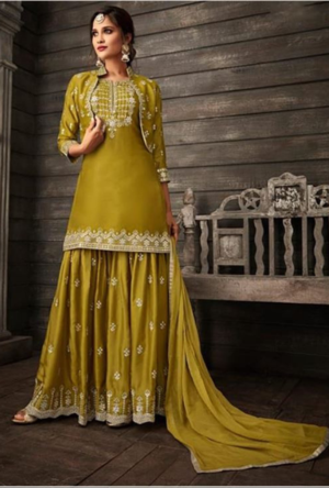 a8532aff38 Green Salwar Kameez - Desi Royale | kishan in 2019 | Sharara suit ...