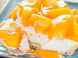 Hawaiian Mango Cheesecake | Recipe | Mango dessert recipes, Mango dessert,  Mango cheesecake