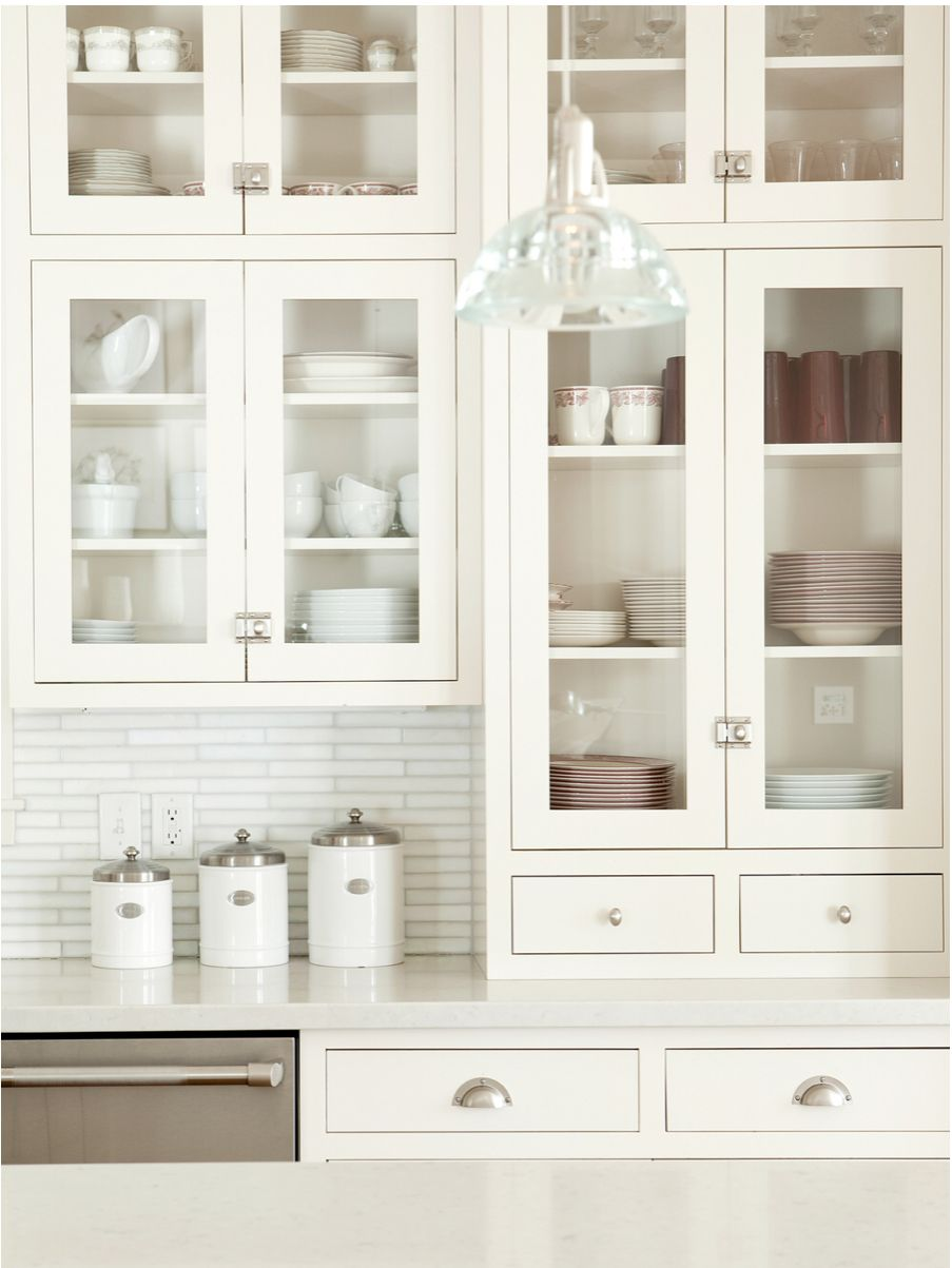 Flush shaker cabinet with latches | Glass kitchen cabinets ...