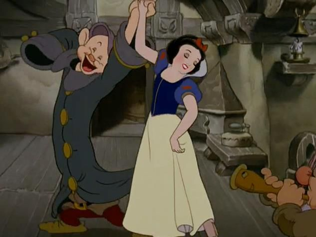 snow white & dopey dancing <3