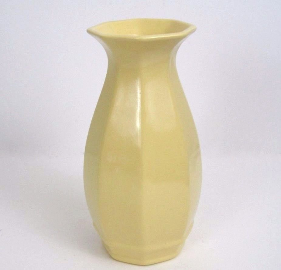 Royal haeger vase art deco pale yellow octagonal foil label dundee royal haeger vase art deco pale yellow octagonal foil label dundee 8 inch tall reviewsmspy