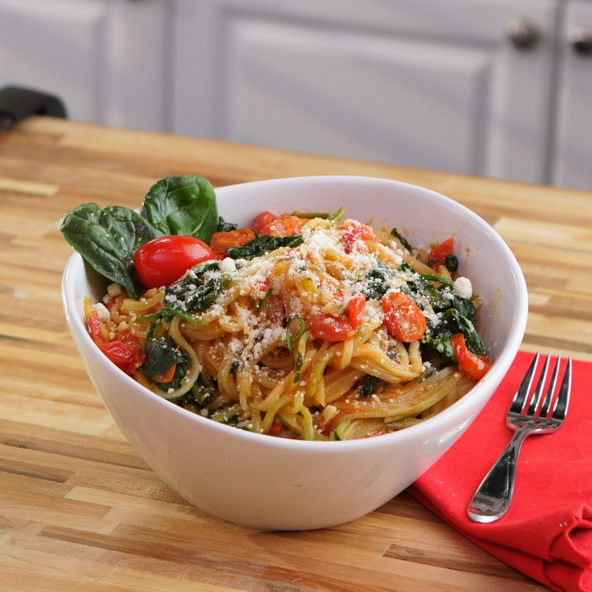 Zucchini noodle recipe in the kitchen with heb video indulge food forumfinder