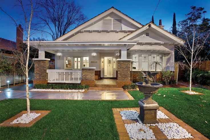 Renovated australian californian bungalow facade google for Cottage style homes melbourne
