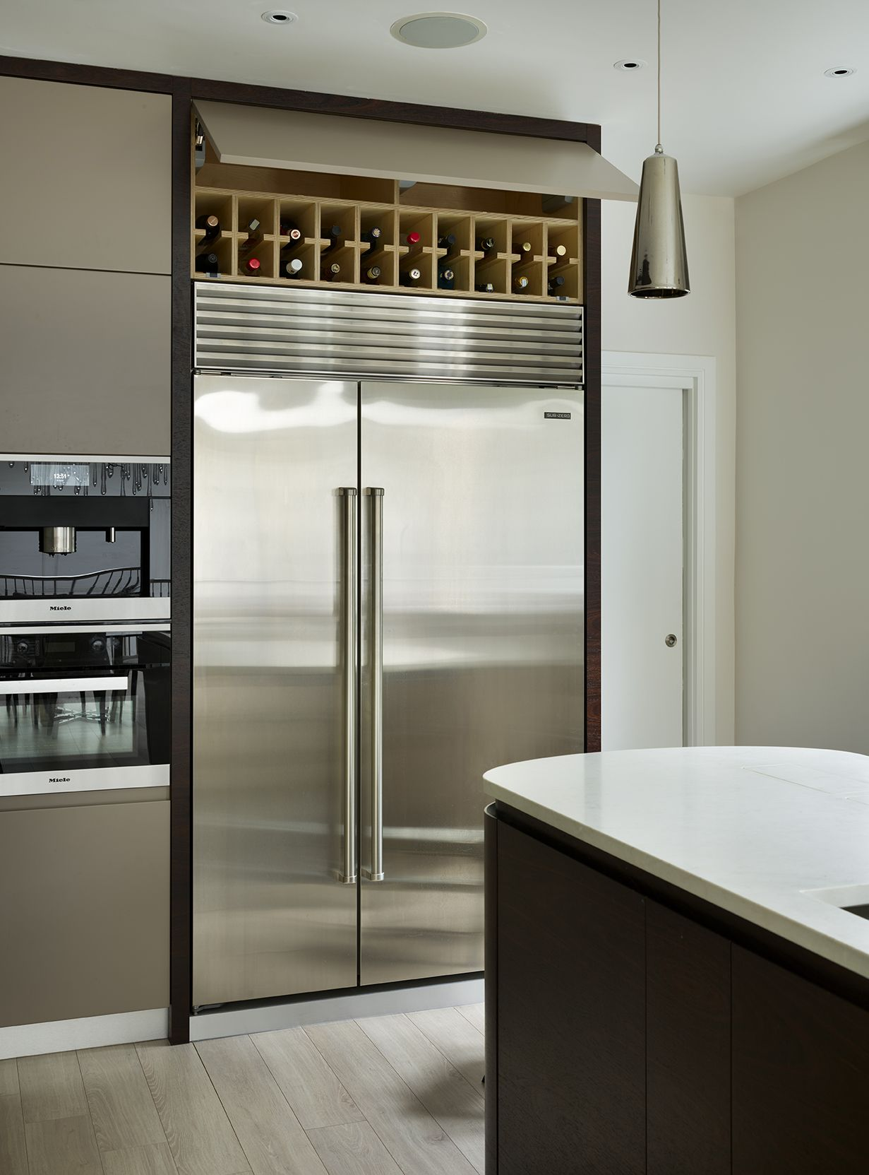Richmond luxury fitted kitchen with Indian Rosewood