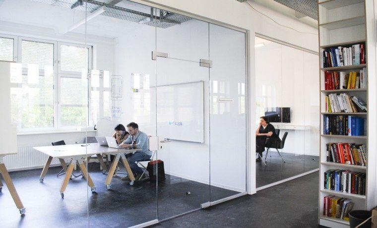 Bürogemeinschaft Berlin arbeiten in freundschaftlicher atmosphäre in neukölln büro