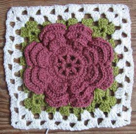 MATIN LUMINEUX: Plaid aux fleurs en crochet