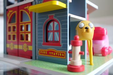 Le Toy Van fire station and ugly dog